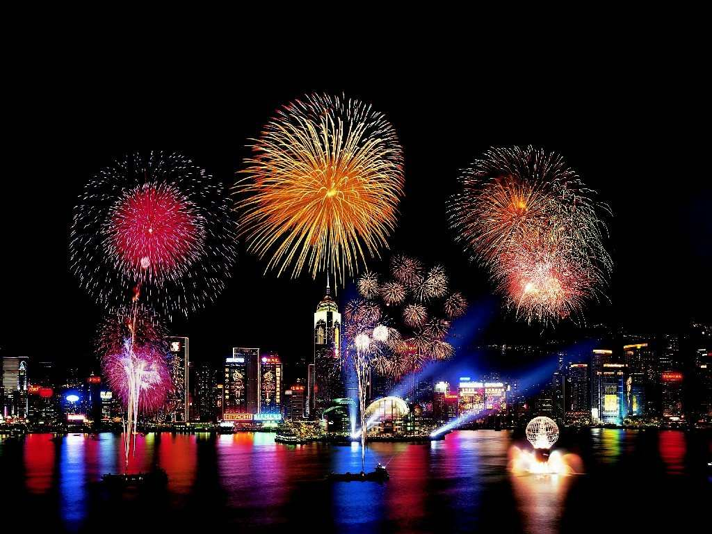 happy-new-year-fireworks-evening-parties
